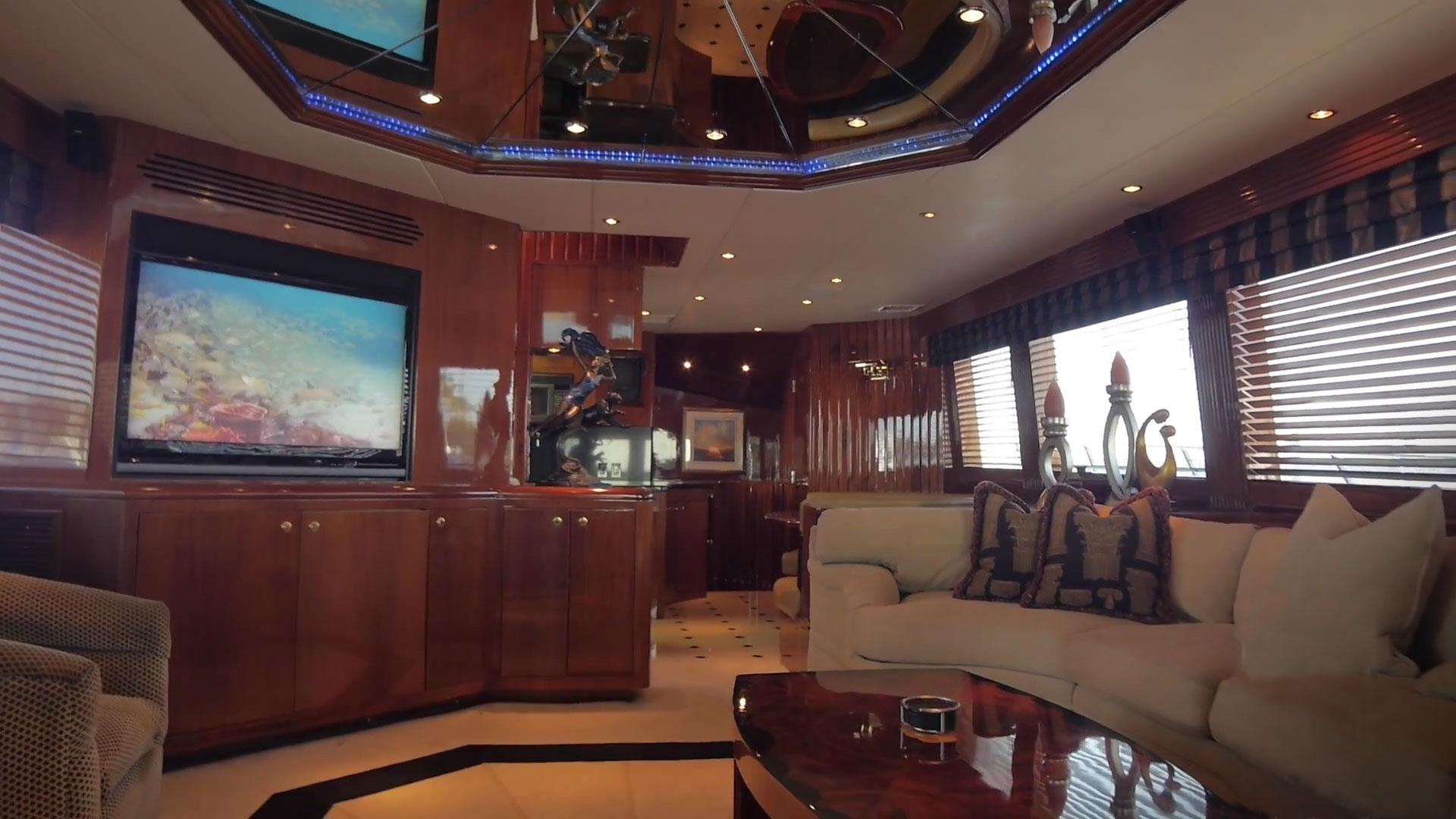 Inside OneNet - the luxury sport fishing boat